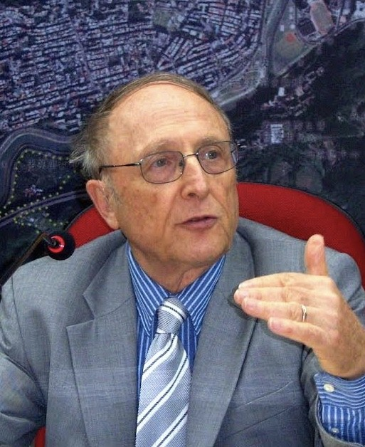 photo of Thomas P. Bernstein